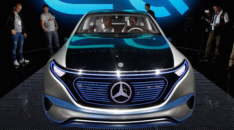 Mercedes is building an electric SUV — and that should worry Tesla